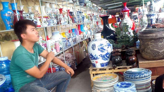 Gốm sứ Trung Quốc với nhiều màu sắc sặc sở